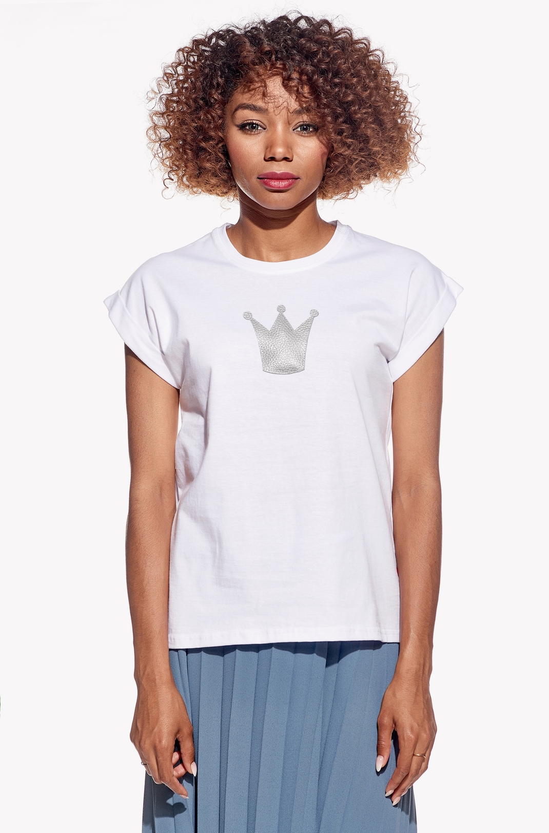 Shirt with crown